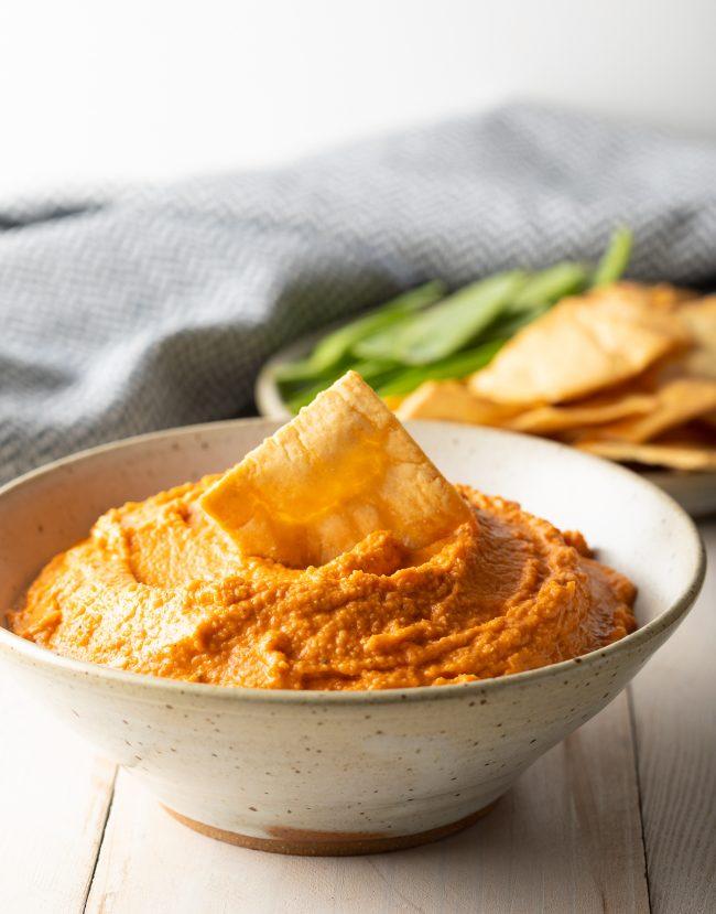 Skinny Roasted Red Pepper Hummus