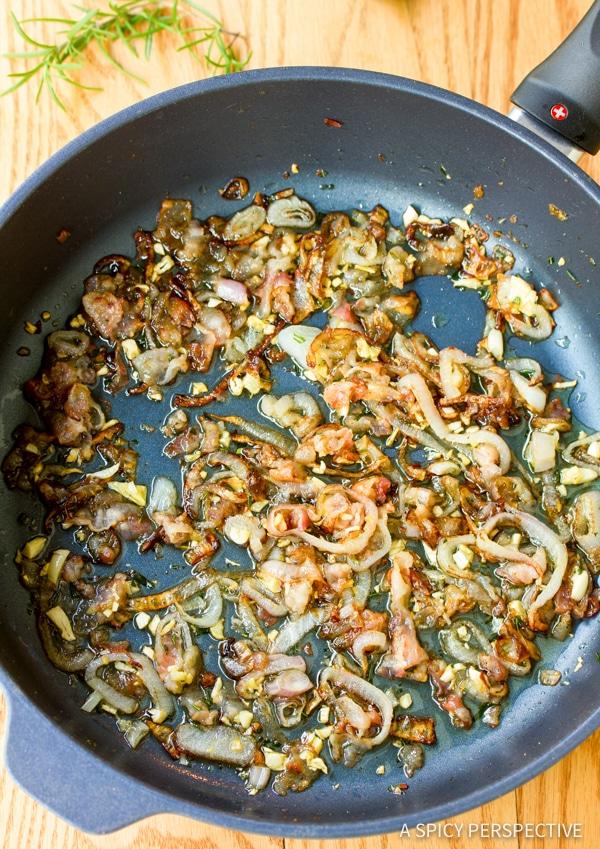 How to Make Clam Pasta (Pasta Alle Vongole Recipe) | ASpicyPerspective.com