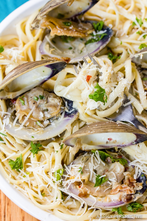 Perfect Clam Pasta (Pasta Alle Vongole Recipe) | ASpicyPerspective.com