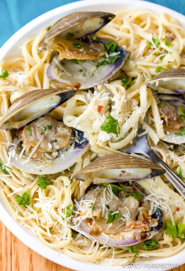 Clam Pasta (Pasta Alle Vongole Recipe) | ASpicyPerspective.com