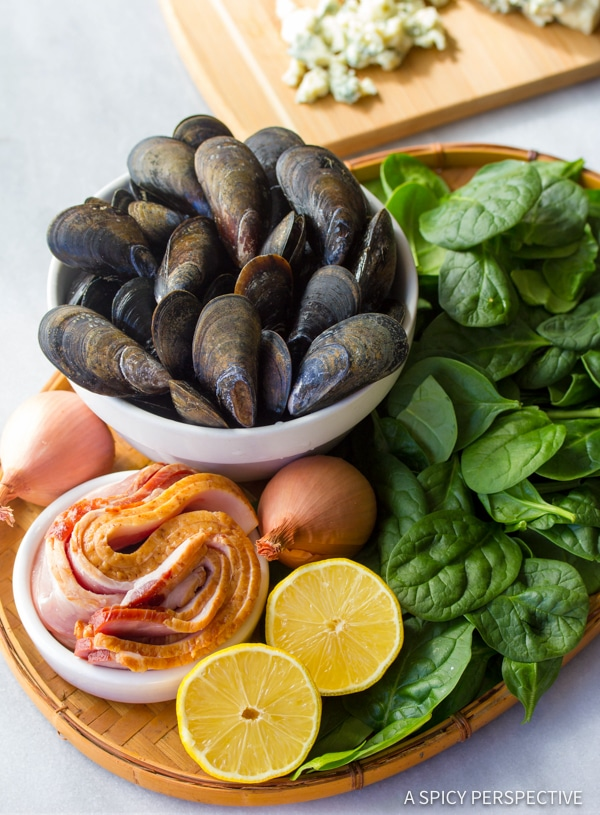 Making Mussels Recipe with Blue Cheese and Bacon (Moules Fromage Bleu) | ASpicyPerspective.com