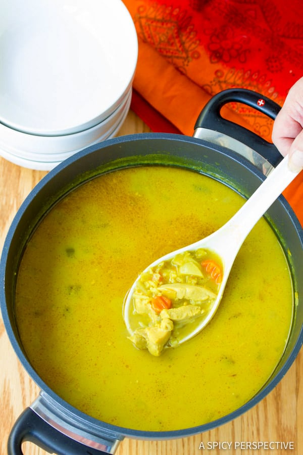 Vibrant Healthy Mulligatawny Soup | ASpicyPerspective.com #LowCarb #GlutenFree