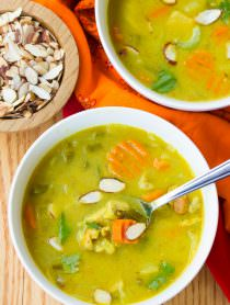 Healthy Mulligatawny Soup | ASpicyPerspective.com #LowCarb #GlutenFree