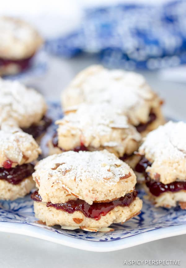 Easy Gluten Free Almond Sandwich Cookies #christmas #holiday
