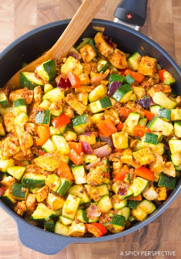"""Easy to Make Low Carb Chicken Chorizo """"No Potato"""" Hash #healthy #paleo"""