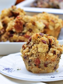 Stuffing Muffins with Apple and Pancetta