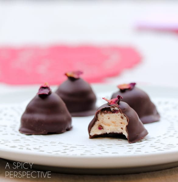Chocolate and Roses Truffles - Easy Truffle Recipe #valentinesday
