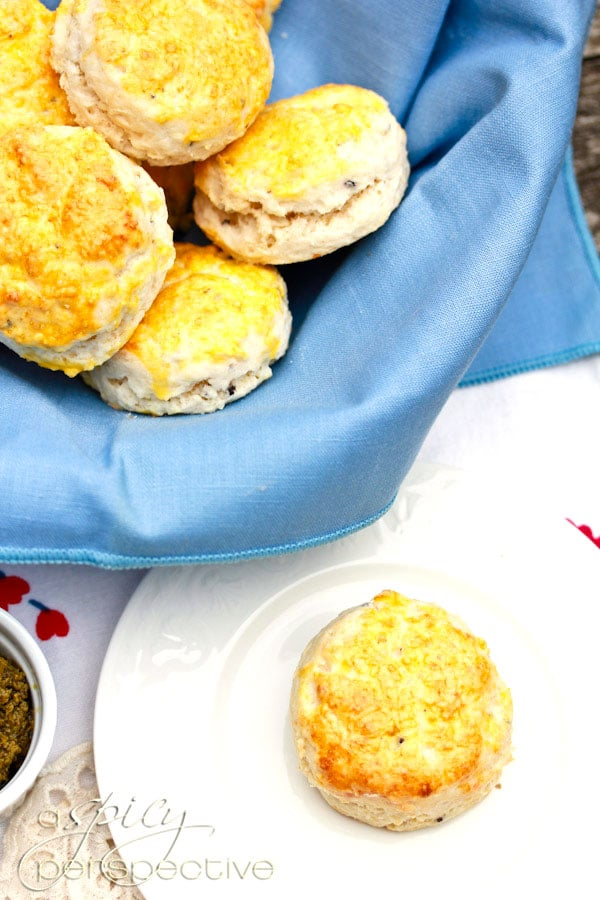 Fluffy Truffle Parmesan Quick Biscuit Recipe