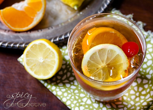 Old Fashioned Cocktail with Sweet Tea | ASpicyPerspective.com #ryangosling #cocktails #recipe