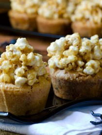 Carmel Corn Blondies Recipe | ASpicyPerspective.com #Halloween #Blondies