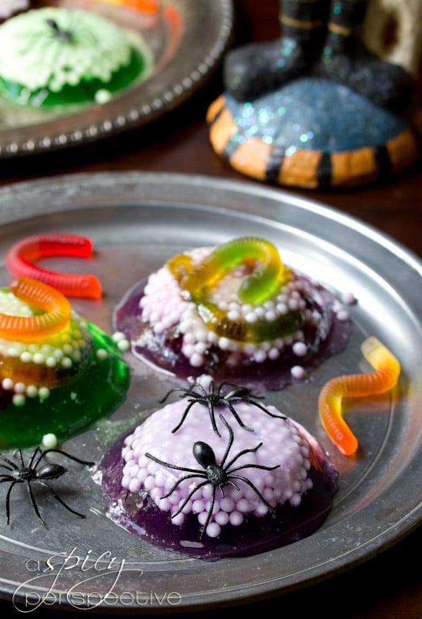 Halloween Jello Spider Treat | ASpicyPerspective.com #Halloween #KidFriendly #Jello