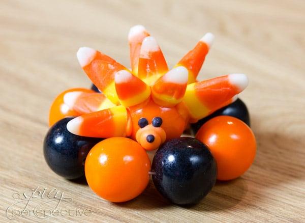 Gumball Food Crafts for Kids | ASpicyPerspective.com #KidFriendly #Halloween #EdibleGifts #Gumballs