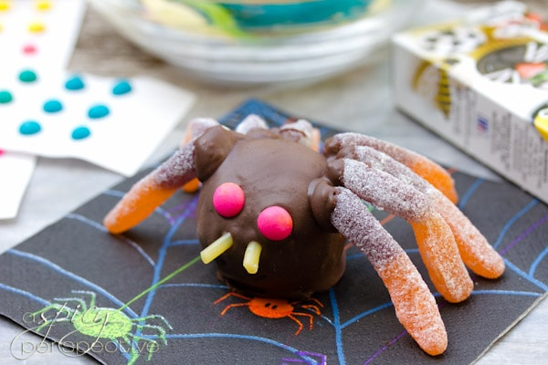 Creepy Cake Truffles | ASpicyPerspective.com #Halloween #Cake #Recipe