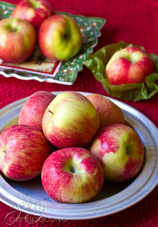 Harry & David Apples | ASpicyPerspective.com #recipe #applepie #holiday