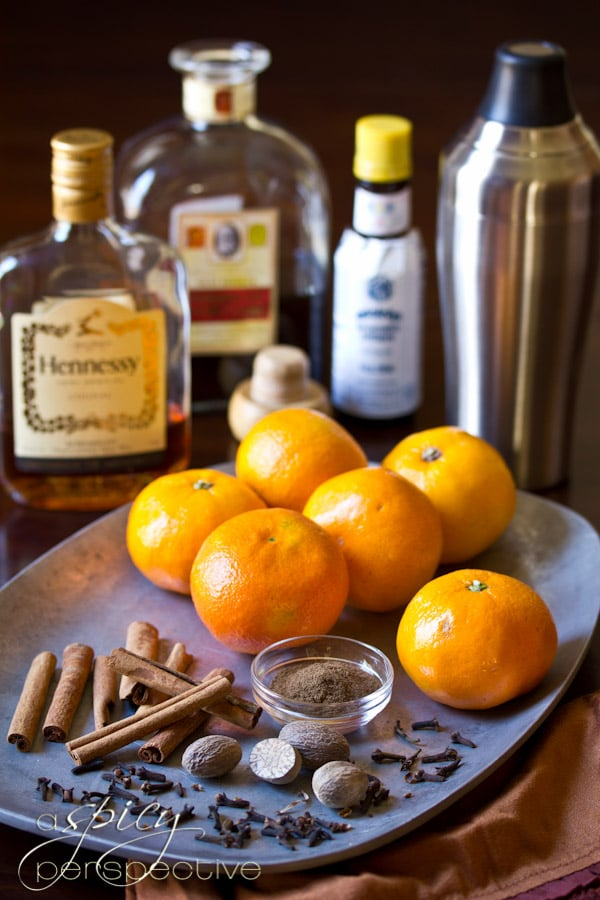 Holiday Manhattan Cocktail Recipe | ASpicyPerspective.com #holiday #cocktails