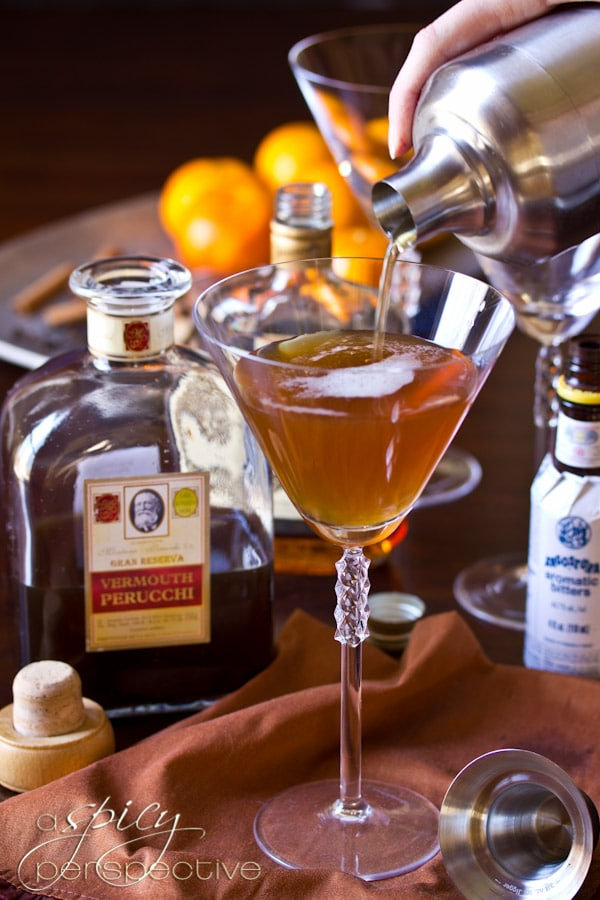 Spiced Manhattan Cocktail Recipe | ASpicyPerspective.com #holiday #cocktails