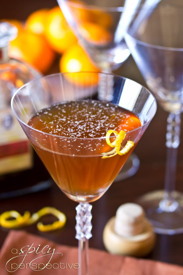 Manhattan Cocktail | ASpicyPerspective.com #holiday #cocktails