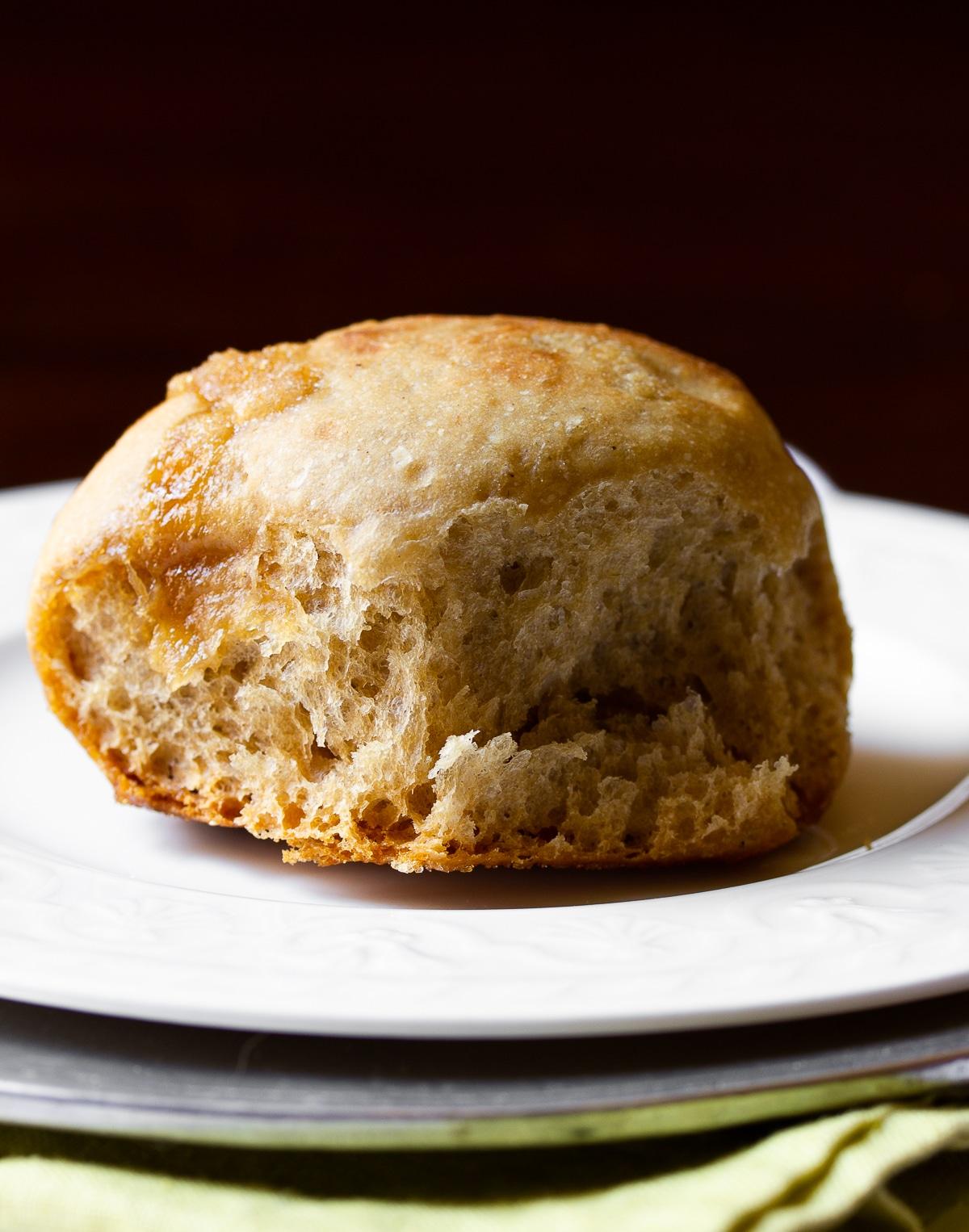Crockpot Apple Butter Yeast Rolls Recipe #ASpicyPerspective #crockpot #slowcooker #thanksgiving #recipes #bread