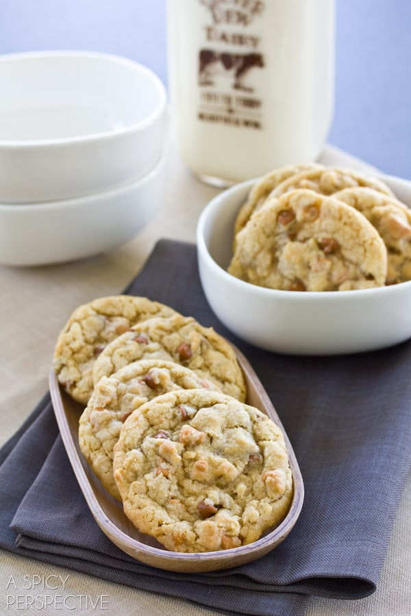 Soft Oatmeal Cookies with Cinnamon and Butterscotch Chips | ASpicyPerspective.com #cookies #oatmealcookies