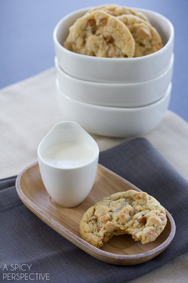 Chewy Oatmeal Cookies with Cinnamon Chips | ASpicyPerspective.com #cookies #oatmealcookies