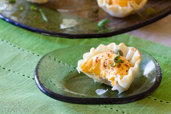 Spicy Middle Eastern Deviled Egg Baskets #easter #deviledeggs