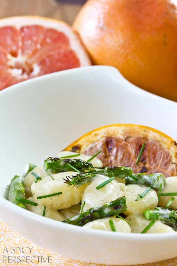 Easy Gnocchi Recipe with Grilled Asparagus and Grapefruit | ASpicyPerspective.com #pasta #delallo #grilled