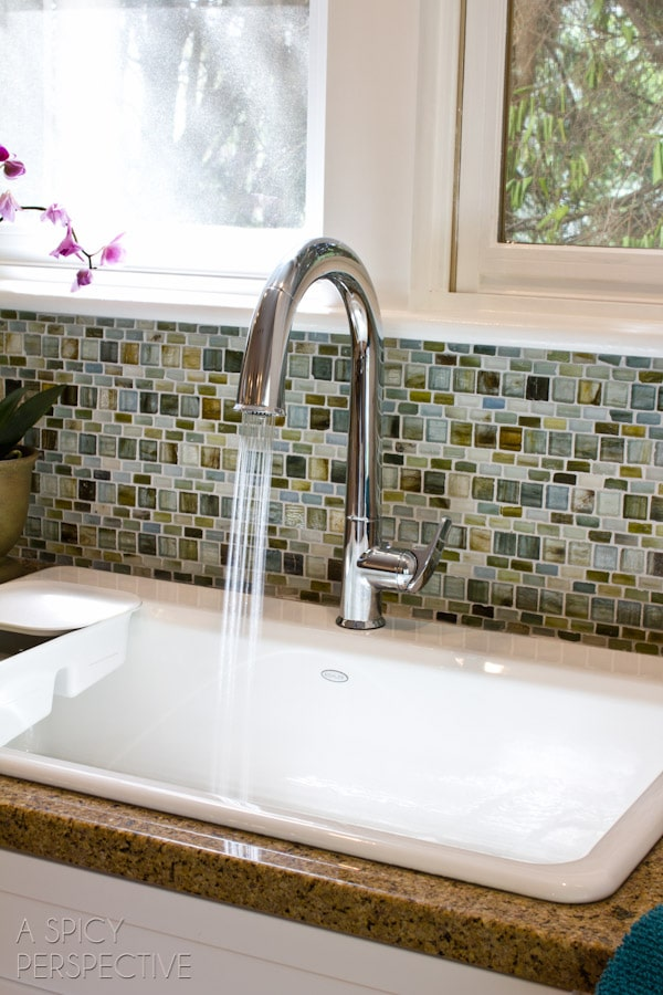 Kitchen Makeover Day 6: Sink and Faucet - A Spicy Perspective