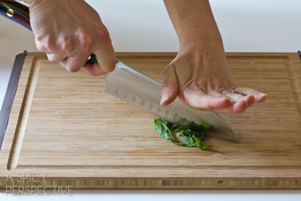 How to Use Kitchen Knives | ASpicyPerspective.com #howto #kitchen #cookingtips #knives