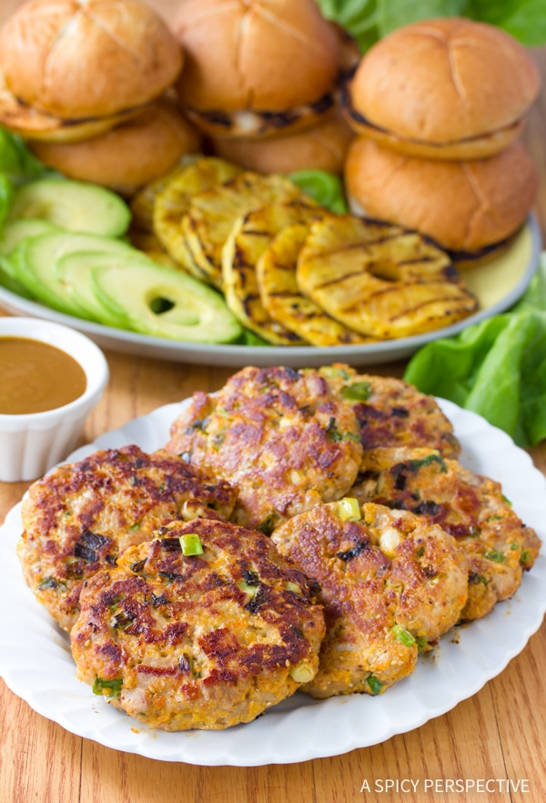 How To: Ahi Tuna Burgers with Grilled Pineapple Recipe