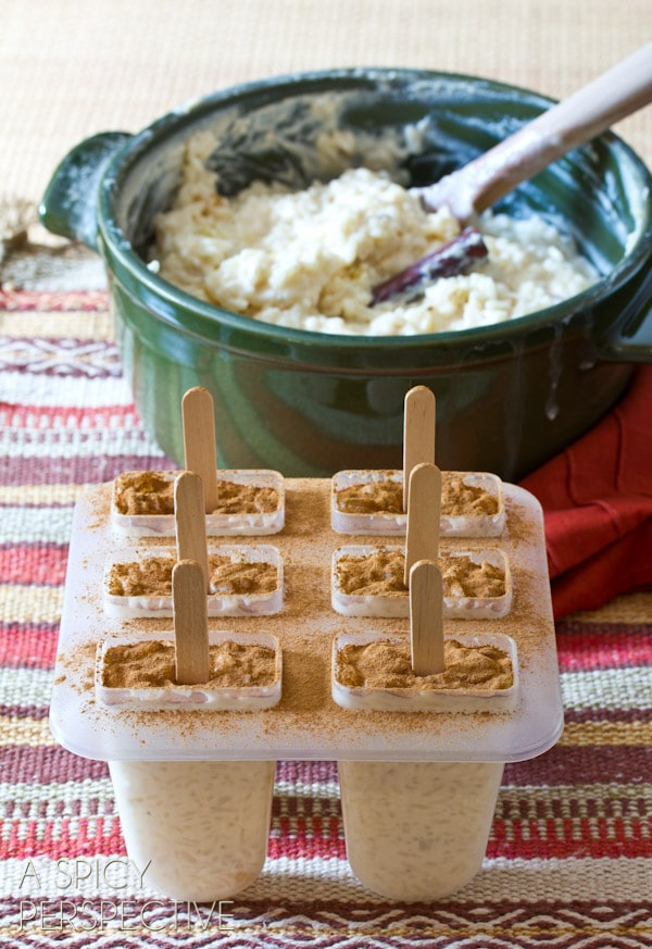 Rice Pudding Pops   ASpicyPerspective.com #mexican #recipe #pudding #popsicles