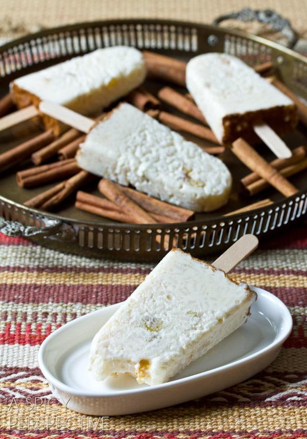 """Arroz con Leche"" Rice Pudding Pops | ASpicyPerspective.com #mexican #recipe #pudding #popsicles"