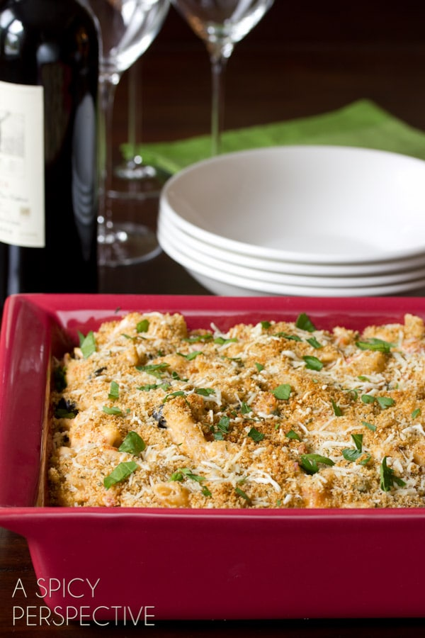 Italian Homemade Baked Mac and Cheese  | ASpicyPerspective.com #macandcheese #pasta #delallo