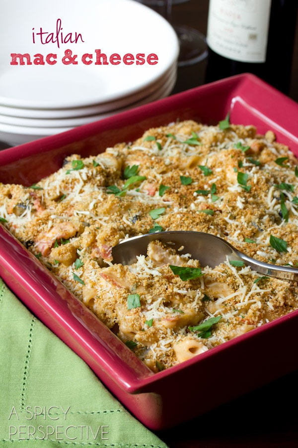 Italian Baked Mac and Cheese Recipe   ASpicyPerspective.com #macandcheese #pasta #delallo