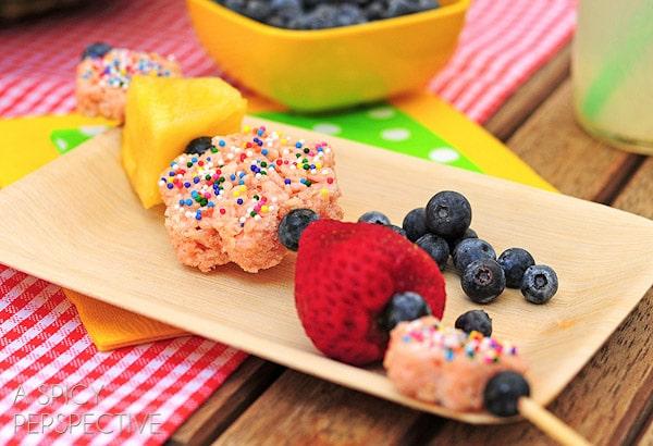 Easy Healthy Lunch Ideas | ASpicyPerspective.com #backtoschool #lunch #schoollunch #lunchbox