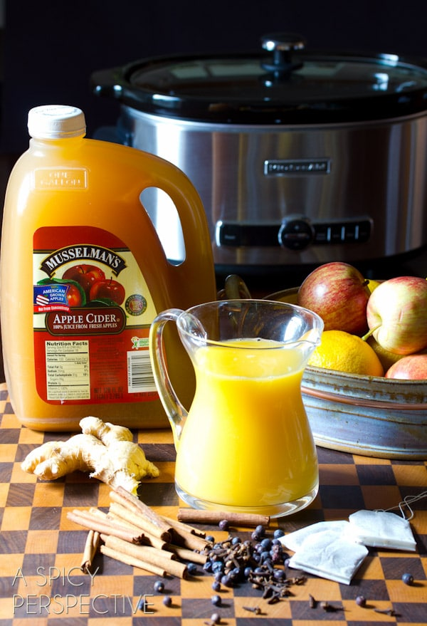 How to Make #SlowCooker Wassail Recipe (Mulled Cider) ASpicyPerspective.com #fall #apple #party #recipe