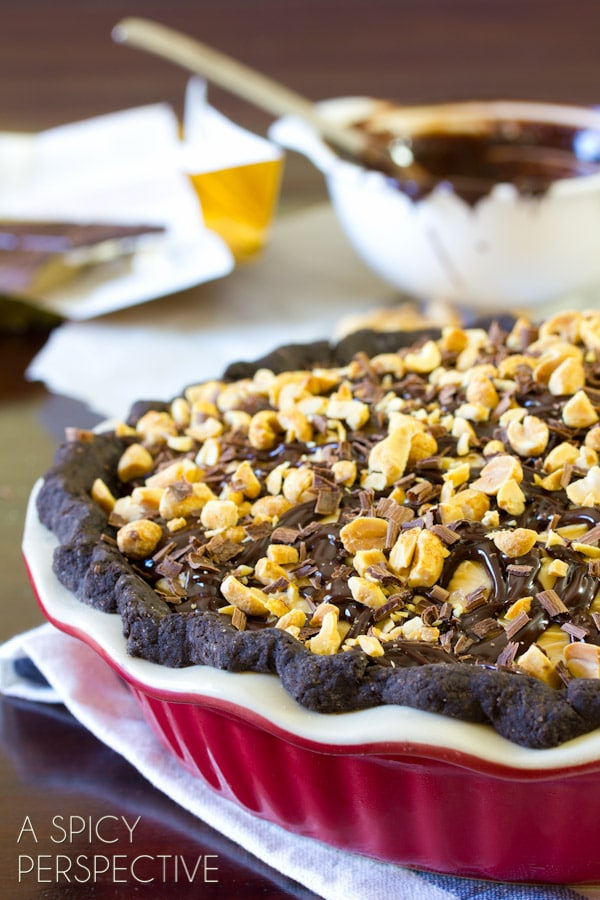 Chocolate Peanut Butter Pie | ASpicyPerspective.com #chocolate #peanutbutter #pie #fall #holidays