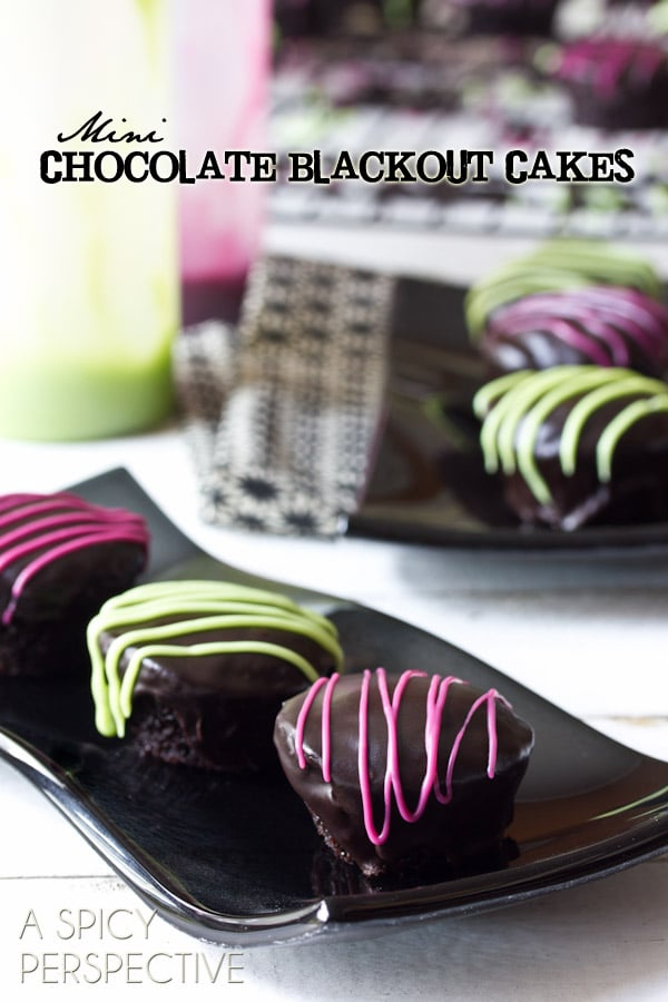 Mini Chocolate Cupcake Recipe | ASpicyPerspective.com #halloween #holidays #chocolate #recipe