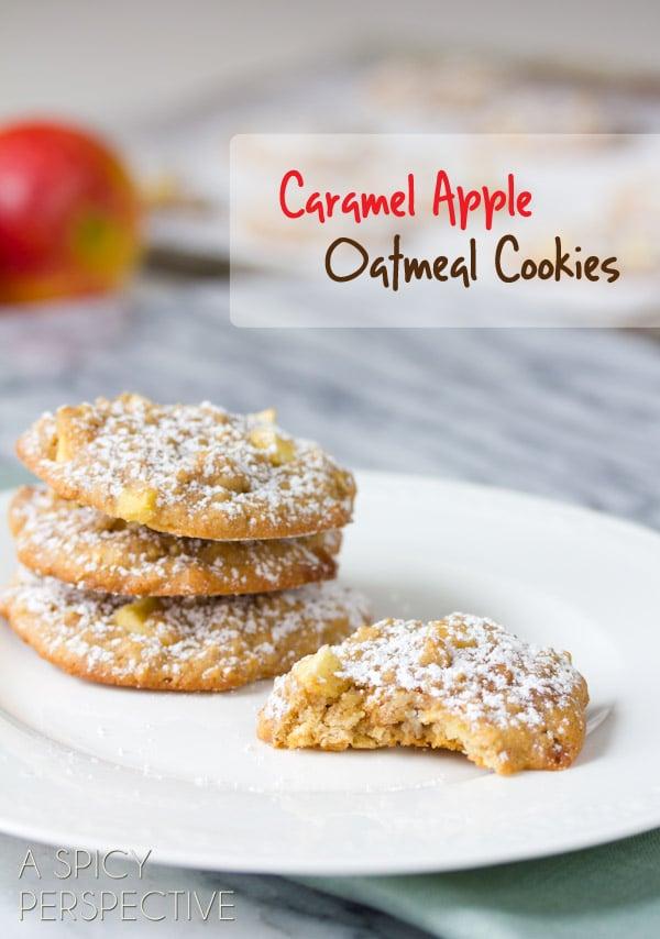 Caramel Apple Oatmeal Cookies #cookies #fall #caramelapple #oatmealcookies