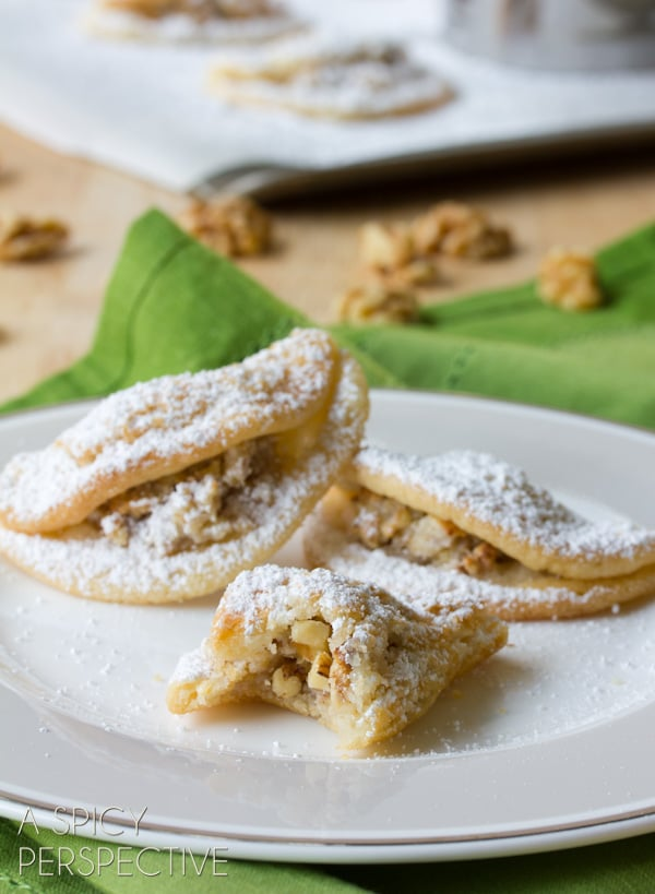 Quickie Hungarian Kifli Cookies - Reminiscent of Classic Hungarian Kiflis! #holiday #cookies #thanksgiving #christmas