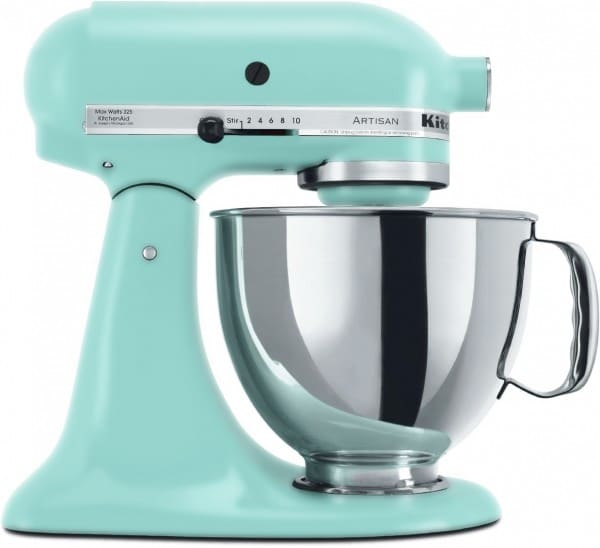 Gifts for Cooks - KitchenAid Mixer #holidaygifts #giftideas #christmas