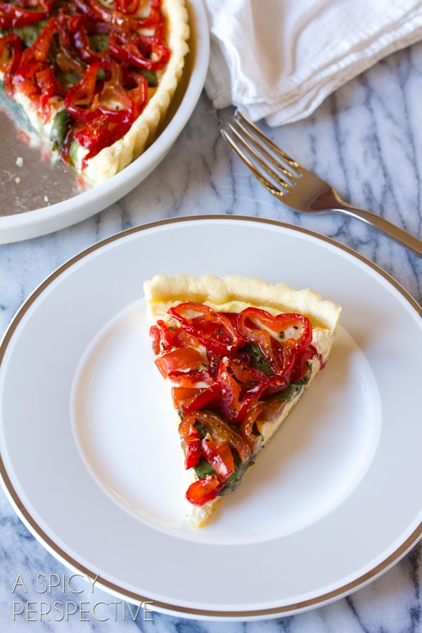 Easy Savory Goat Cheese Red Pepper Tart #holidays #christmas #Thanksgiving #tart