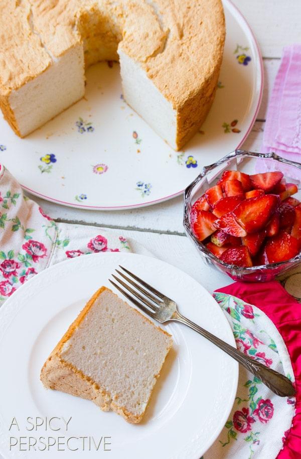 Easy Angel Food Cake with Balsamic Strawberries! #angelfoodcake #strawberry #valentinesday