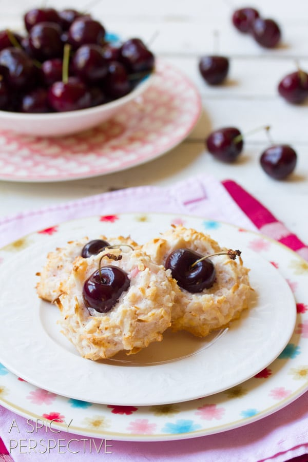 Macaroon Recipe - With a Fresh Cherry Center! #valentinesday #macaroons #cookies #cherry #coconut