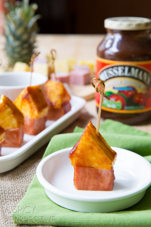 4 Ingredient BBQ Sauce Glazed - Pineapple Ham Party Picks! #SuperBowl #GameDay #KidFriendly #snacks