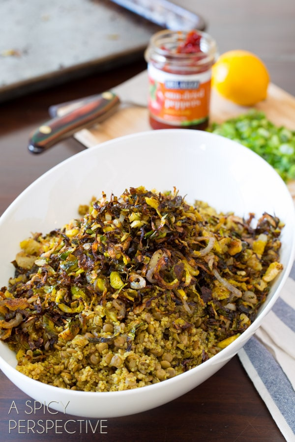 Awesome Quinoa Lentil Salad with Crispy Roasted Brussels Sprouts #quinoa #lentils #brusselssprouts #healthy