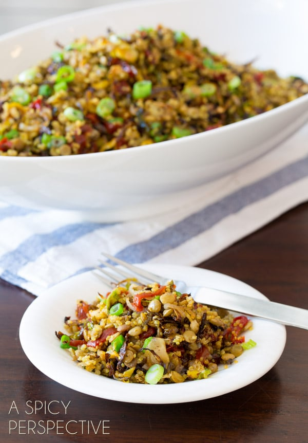 Quinoa Lentil Salad with Crispy Roasted Brussels Sprouts #quinoa #lentils #brusselssprouts #healthy