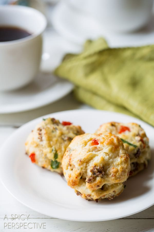 Savory Breakfast Scone Recipe with #sausage #cheese and #redpeppers! #scones