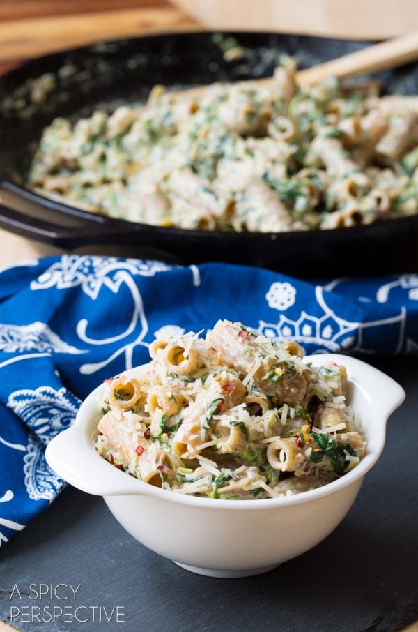 Creamy Spinach Artichoke Pasta! #pasta #spinachartichoke #recipe