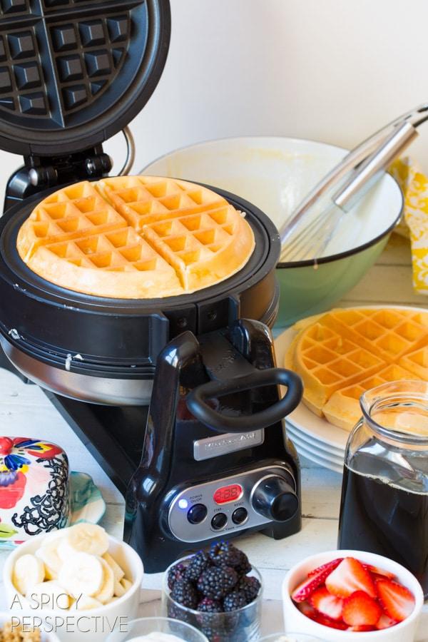 Best Homemade Waffle Recipe - Yogurt Vanilla Bean Waffles #breakfast #waffles #giveaway