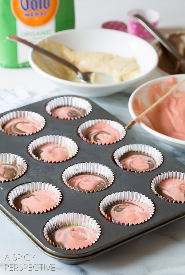 How To: Neapolitan Cupcakes! #spring #cupcakes #easter #neapolitan #cake